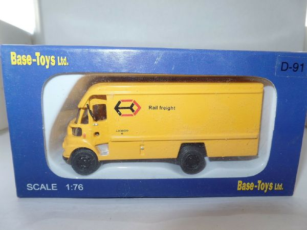 B T Models D-91 D91 Leyland FG Van Rail Freight Railfreight Yellow